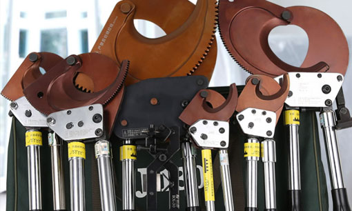The difference between electric crimping tools and terminal clamps